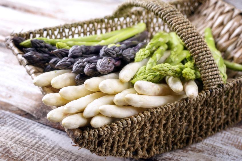 witte, groene en paarse asperges, jouw lijflijn